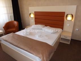 Camera matrimoniala hotel Craiova