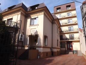 Hotel 4 stele Golden House Craiova