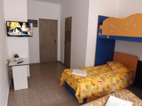 Camere moderne cu TV LCD Casa Dobrescu Craiova