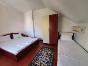 Cazare Craiova camera tripla 2+1 Hotel Euphoria
