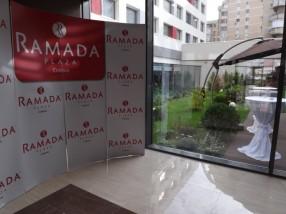 Interior hotel Ramada receptie
