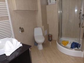 Baie camera hotel Craiova