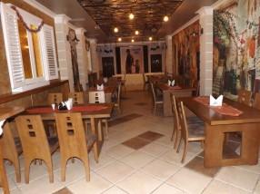 Salon mic dejun hotel Craiova