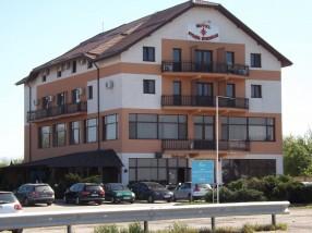 Motel_Steaua_Nordului_Craiova_1526250953.jpg