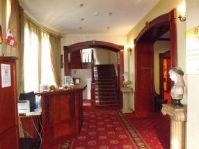 Hotel Receptie Golden House